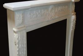 Mantel F1110– White Marble (#224)