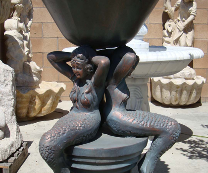 PL793 – Bronze Mermaid Planter